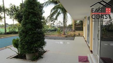 Private house at Mabprachan Lake  4