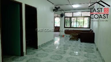 Townhouse in Central Pattaya 11