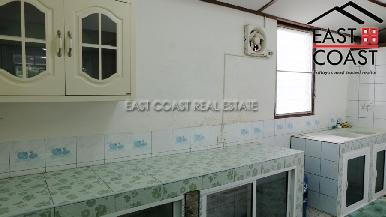 Townhouse in Central Pattaya 10