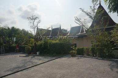 Huay Yai Resort 4