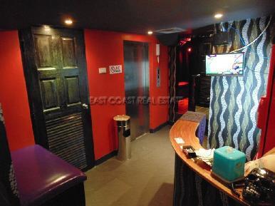 Soi Yamoto Bar & Guesthouse 9