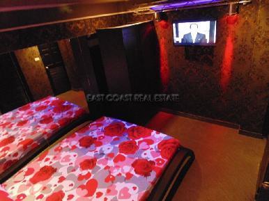 Soi Yamoto Bar & Guesthouse 12