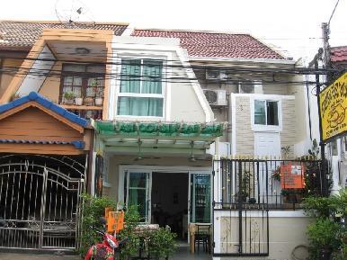 Soi Yume Townhouse 1