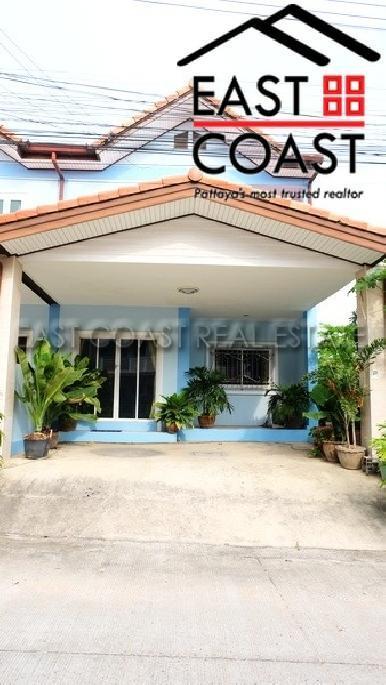 Townhouse  in Soi Pat Yen Jai 3