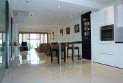 Garden Cliff  Condominium For Sale in  Wongamat Beach