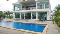 Private House houses For sale and for rent in  East Pattaya