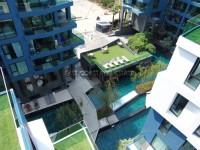 Acqua Condominium 722120