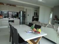 Acqua Condominium 722130