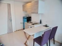 Acqua Condominium 9162