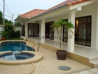 Adare Gardens Houses For Rent in  Jomtien