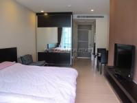 Apus Condominium 62444