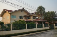 Areeya Village houses For Sale in  East Pattaya