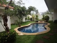 Avoca Gardens Houses For Sale in  Pratumnak Hill