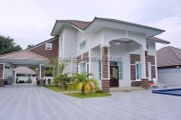 Bang Saray Mansion houses For Sale in  South Jomtien