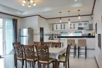 Bang Saray Mansion 791743