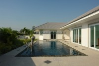 Bang Saray Villa Houses For Sale in  South Jomtien