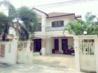 Bann Ta Tawan houses For Sale in  East Pattaya