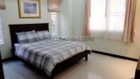 Baronial Villa 932113