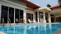 Baronial Villa 932119
