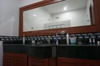 Bay View Condominium 2 906816