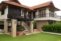 Beach House Bangsaray houses For Sale in  South Jomtien