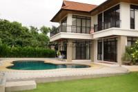 Beach House Bangsaray 93011