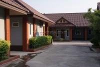 Benwadee Resort  79161