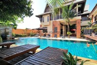Beverly Thai House Pool Villa 835743