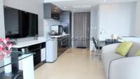 Centara Avenue Residence 104157