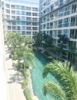 Centara Avenue Residence 9582