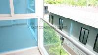 Centara Avenue Residence 95968