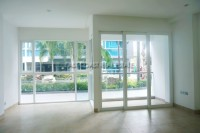 Centara Avenue Residence 99423