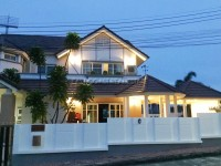 Central Park Hill Side houses For Rent in  East Pattaya