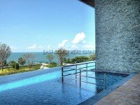 Cetus Beachfront Pattaya Condominium 797820