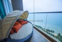 Cetus Beachfront Pattaya Condominium 79845