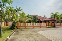 Chaiyapruek House houses For Rent in  East Pattaya