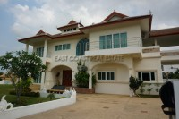 Chang Walk  Houses For Sale in  East Pattaya