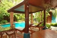 Chateau Dale Tha Bali 589510