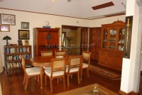 Chateau Dale Tha Bali 589523