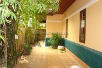 Chateau Dale Tha Bali 589535