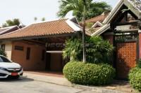 Chateau Dale Thai Bali 9284