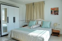 Chom Talay 898122