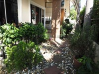 Classic Garden Home  910121