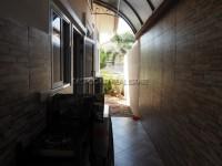 Classic Garden Home  910128