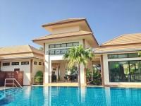 Classic Garden House 69771