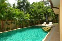 Coco Palm Huay Yai 661111