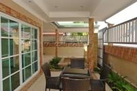 Country Club Villa 690442