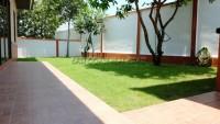 Dhewee Park 945419