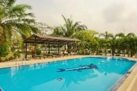 Dhewee Resort 696811