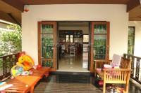 Dhewee Resort 696817